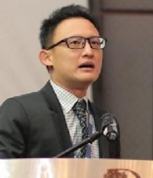 Dr. Collin Koh