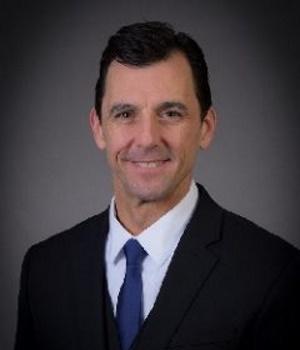 Dr. Michael Petersen
